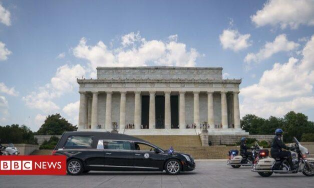 En imágenes: el icono de los derechos civiles John Lewis honrado en la capital de los EE. UU.